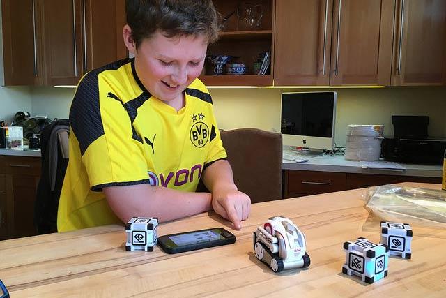 Anki Cozmo Robot Toy