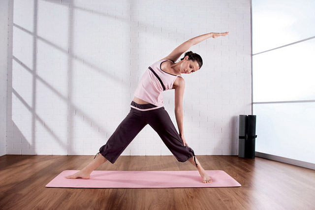 take online Pilates classes at home or office
