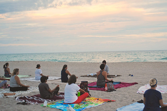 visiting beaches reduces stress