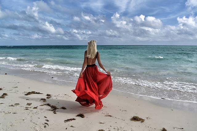 visiting beaches makes us happy
