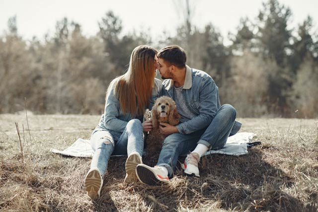 pets-hobbies-for-couples
