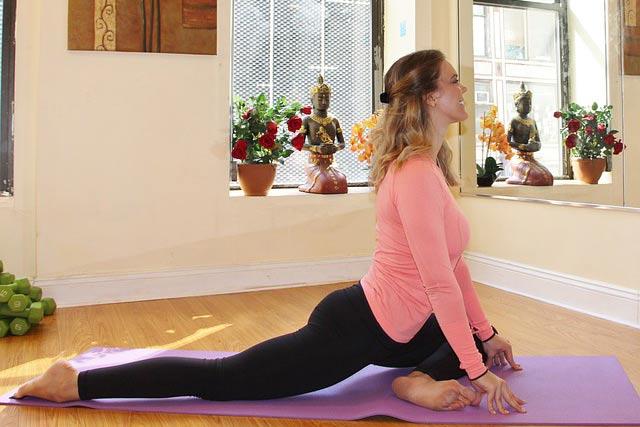 raja-kapotasana-yoga-pose