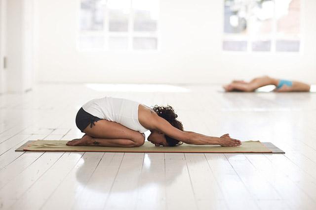 surya-namaskar-yoga
